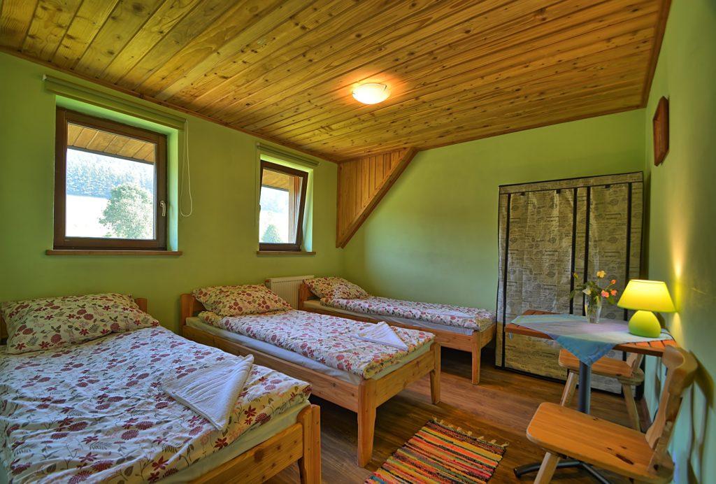 Pokój 3 osobowy Dom na Skale rabe 1024x692 - Dom Na Skale Rabe